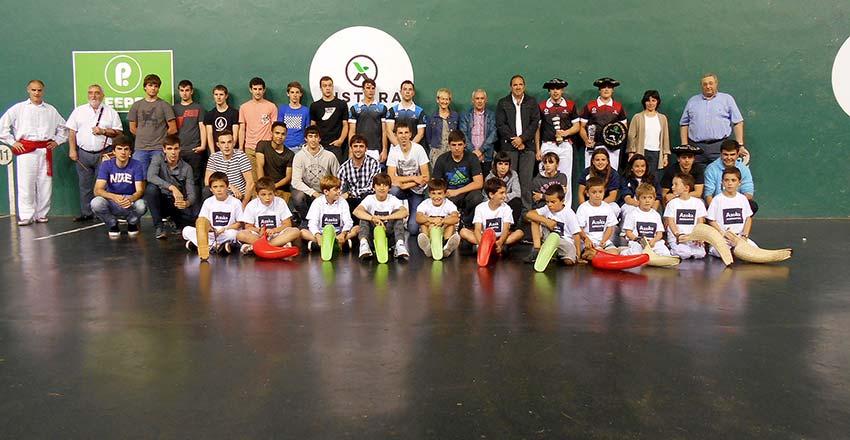 Premiados en el Torneo euskal Astea de Durango